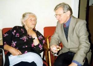 Irena Zofia Sławińska w towarzystwie Waldemara Michalskiego w redakcji Akcentu. Fot. arch.