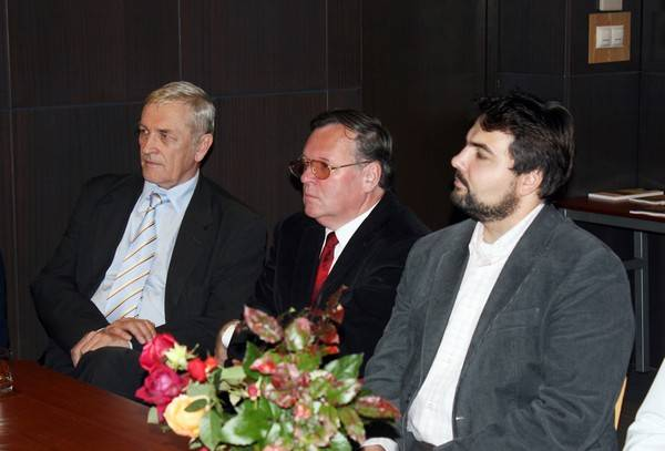 Bohdan Zadura, Sergiusz Sterna-Wachowiak, Márton Falusi. Fot. G. Winnicki