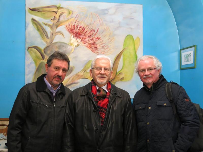 Prof. Jan Władysław Woś (w środku) z Wacławem Oszjacą (z prawej) i Bogusławem Wróblewskim. Fot. M. Wróblewska